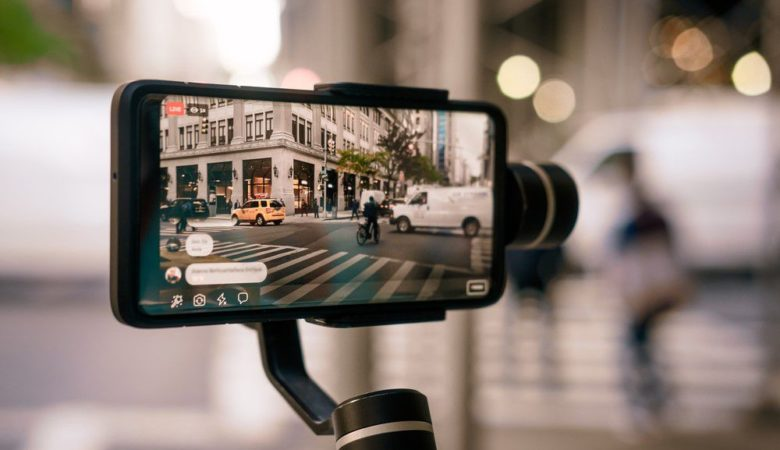 Best Smartphone gimbal Stabilizer in India